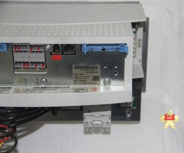 KUKA    KPS-600/20-ESC新    机器人系统