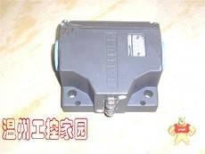 BNS819-B02-R12-61-12-10-FC
