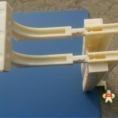奇恒通信PC材质100对有腿110跳线架配接线端子透明条标识条